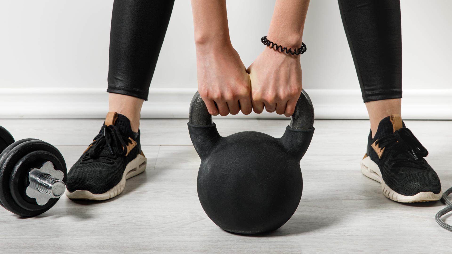 Exercício em casa: 5 itens para ajudar nas atividades físicas durante a quarentena