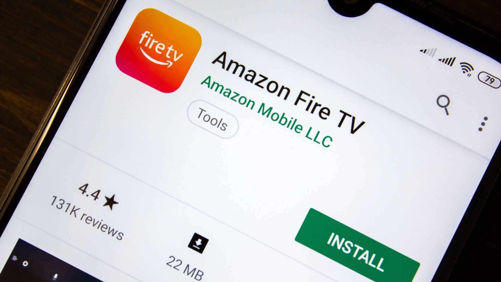 Amazon Fire TV Stick também pode ser controlado através do aplicativo, disponível tanto para Android quanto para iOS.   Dilvulgação: Shutterstock