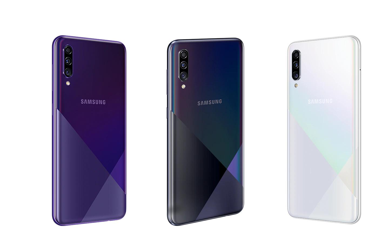 Traseira do Galaxy A30s simula vidro e tem efeito geométrico. (Imagem: Divulgação/Samsung)