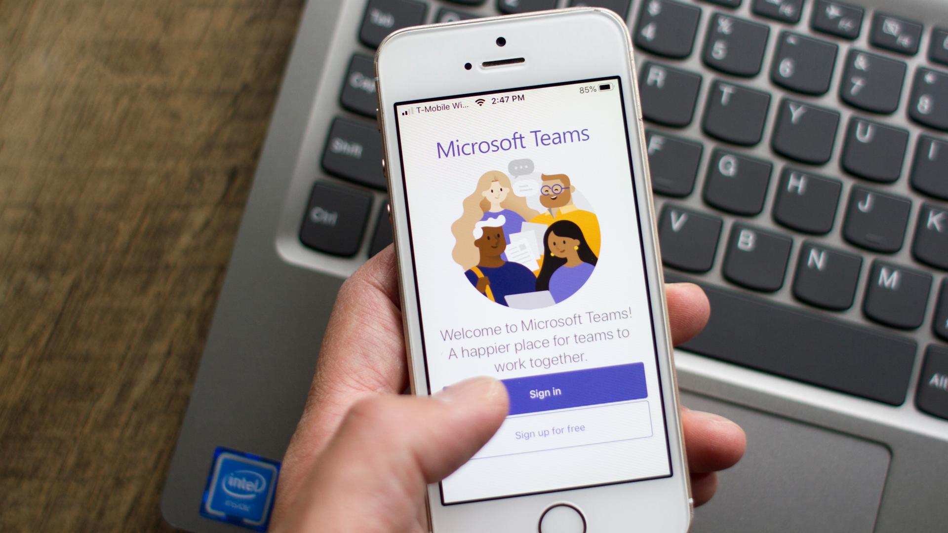 Como usar o Microsoft Teams para fazer videoconferências no celular