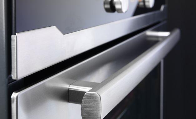 Acabamento Inox em um fogão. (Imagem: Reprodução/Shutterstock)