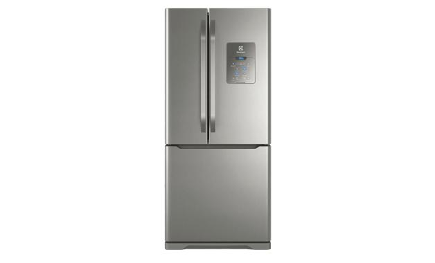 A geladeira DM84X tem design clean e acabamento em Inox. (Imagem: Divulgação/Electrolux)