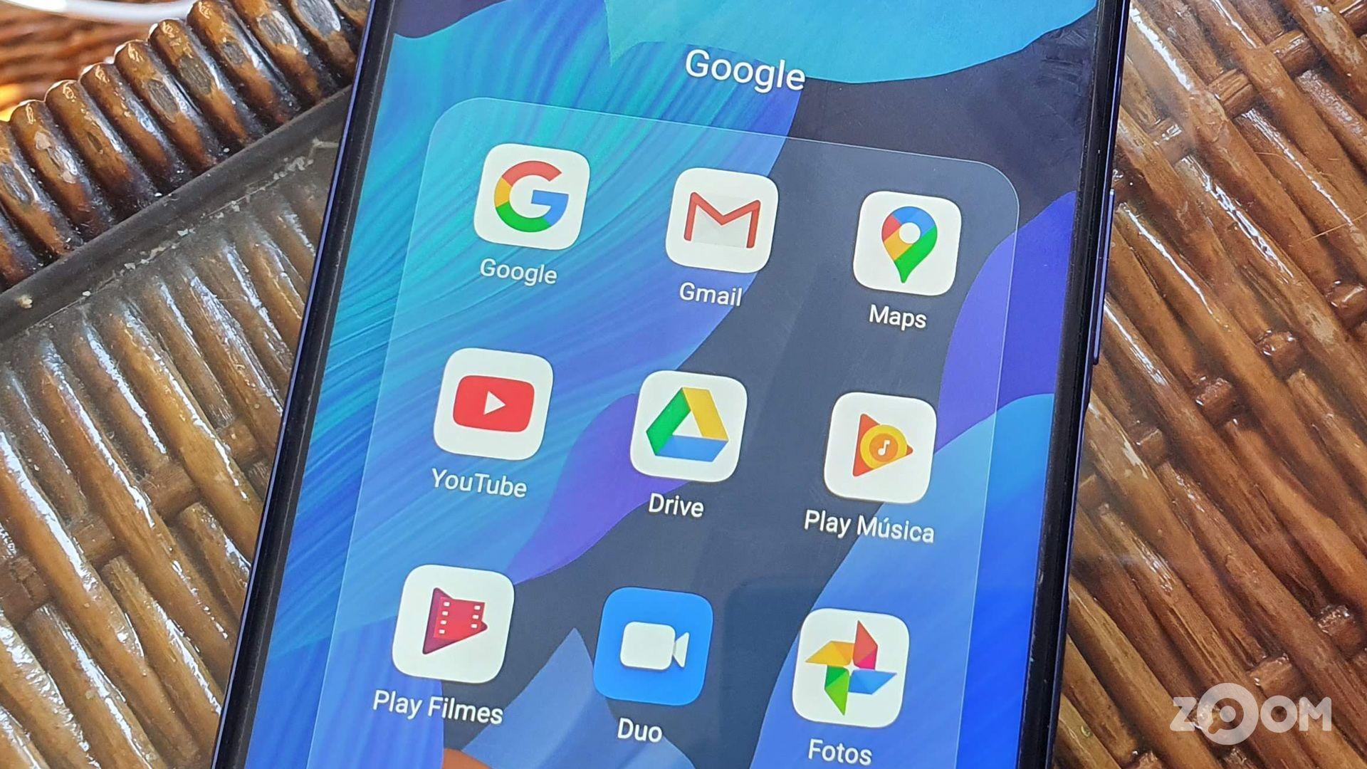 Huawei nova 5T ainda conta com Play Store e apps do Google. (Imagem: Ana Marques/Zoom)