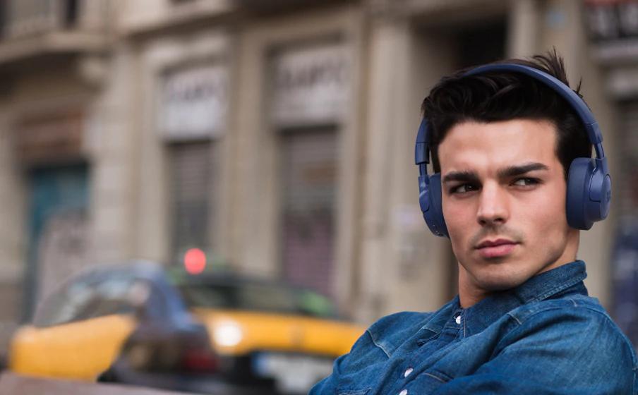 JBL Tune 750BT NC é o novo headphone da marca com cancelamento de ruídos. (Imagem: Divulgação/JBL)