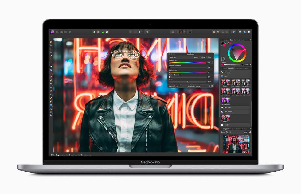 Novo MacBook Pro de 2020 chega com processadores Intel Core de 10ª geração. (Foto: Divulgação/Apple)