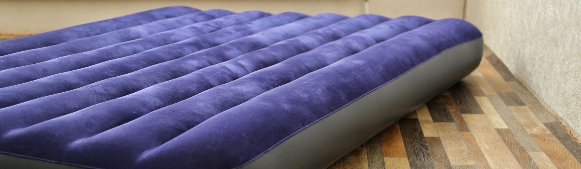 Qual colchão inflável comprar em 2020? Veja 10 modelos e preços