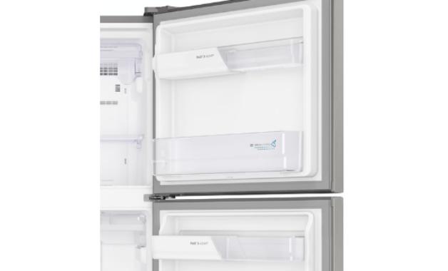 Prateleiras Fast Adapt da geladeira Electrolux TF55. (Imagem: Divulgação/Electrolux)