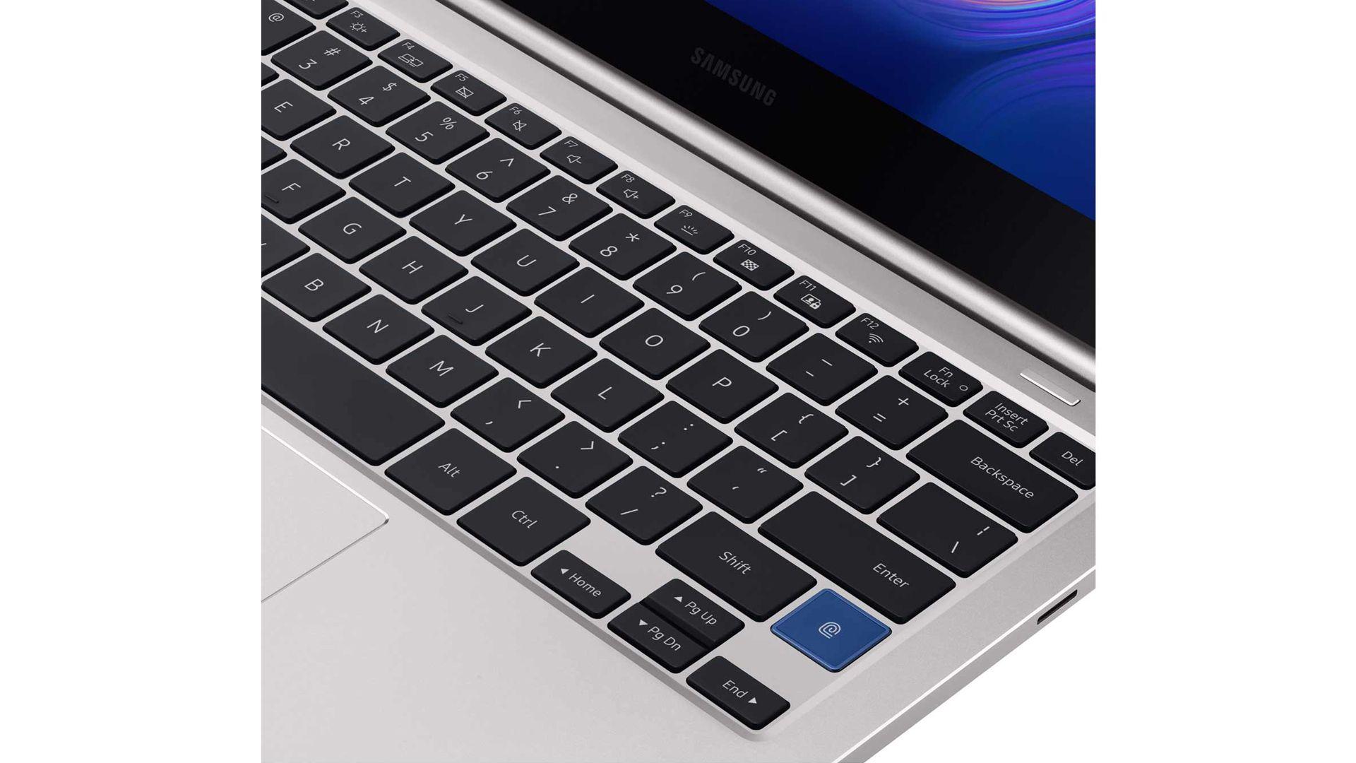 Modelos mais recentes do Samsung Style S51 contam com teclado retroiluminado. (Foto: Divulgação/Samsung)