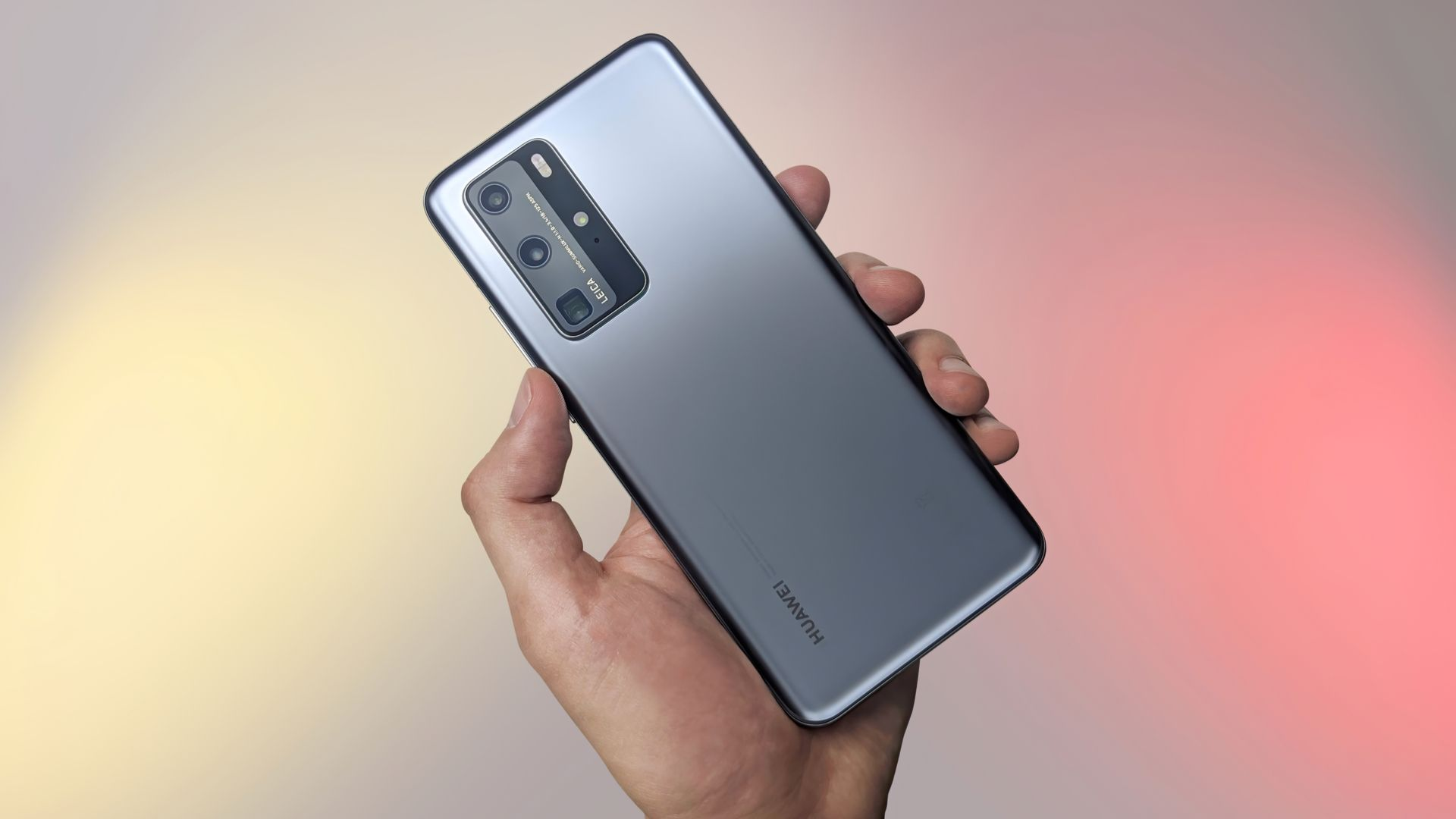 Huawei P40 Pro tem sensor de 50 megapixels. (Imagem: Mr.Mikla/Shutterstock)