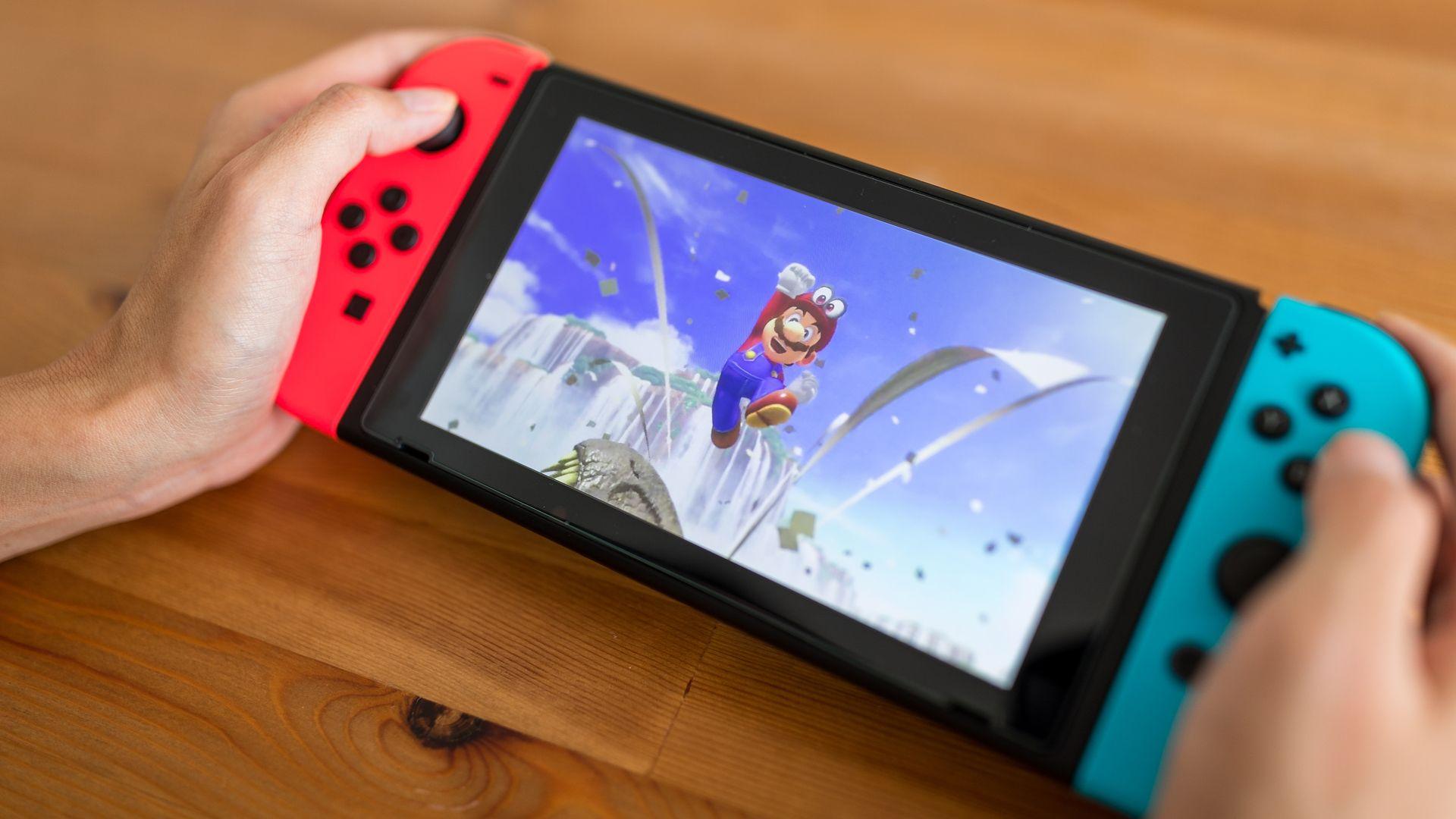 """Confira os melhores jogos de 2020 para o Nintendo Switch. (Foto: Reprodução/Shutterstock/<a href=""""https://www.shutterstock.com/pt/g/leungchopan"""">leungchopan</a>)"""
