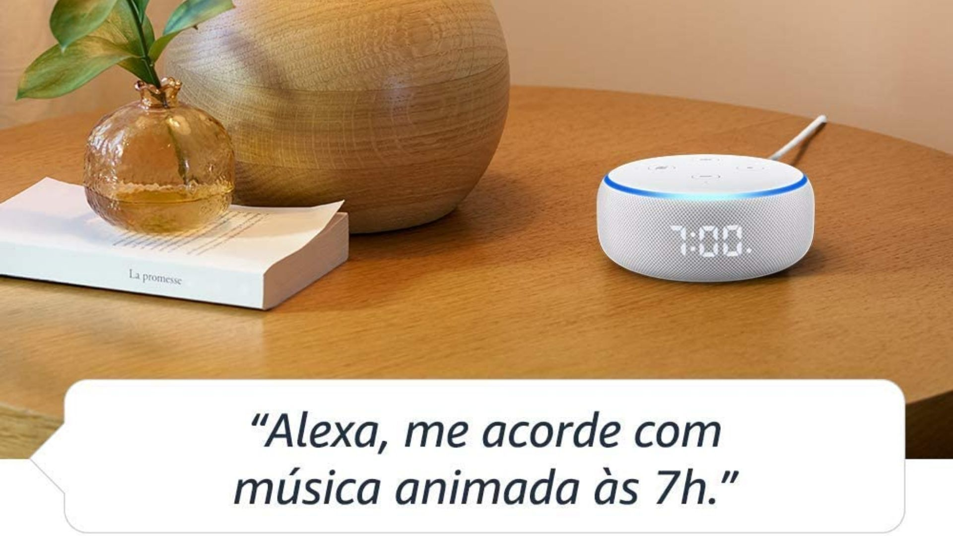 Echo Dot com relógio, lançamento mais recente da Amazon, é capaz de te acordar no horário desejado. (Imagem: Divulgação/Amazon)
