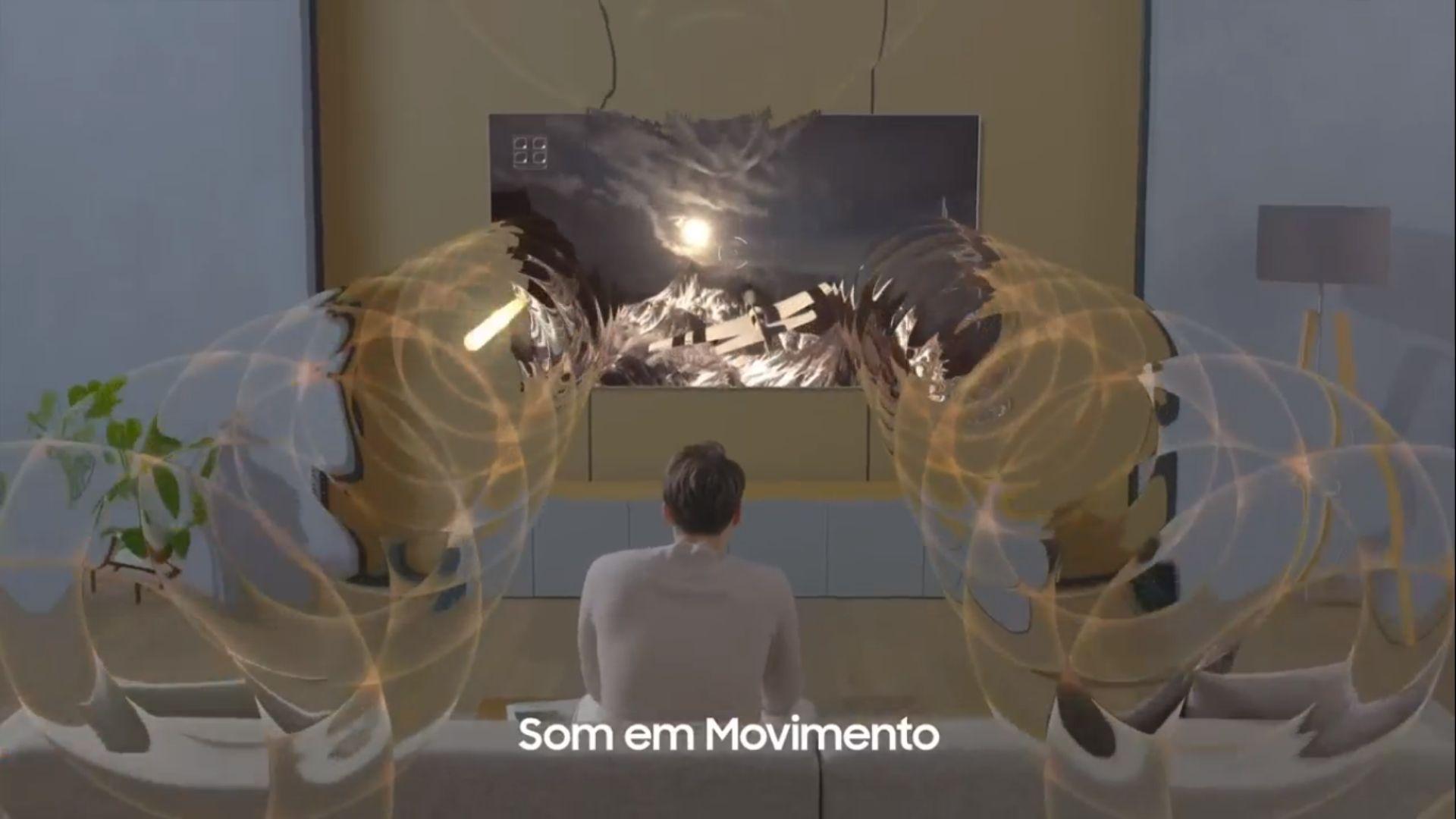 Ao acionar o Modo Game na Q95T, um dos ganhos é o som em movimento, presente na smart TV 8K da marca. (Imagem: Reprodução/Samsung)