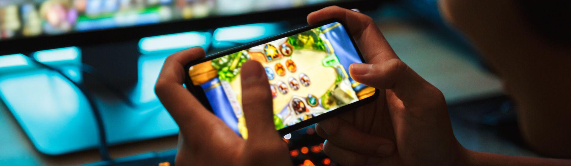 Mulheres são maioria entre gamers no país, aponta Pesquisa Game Brasil