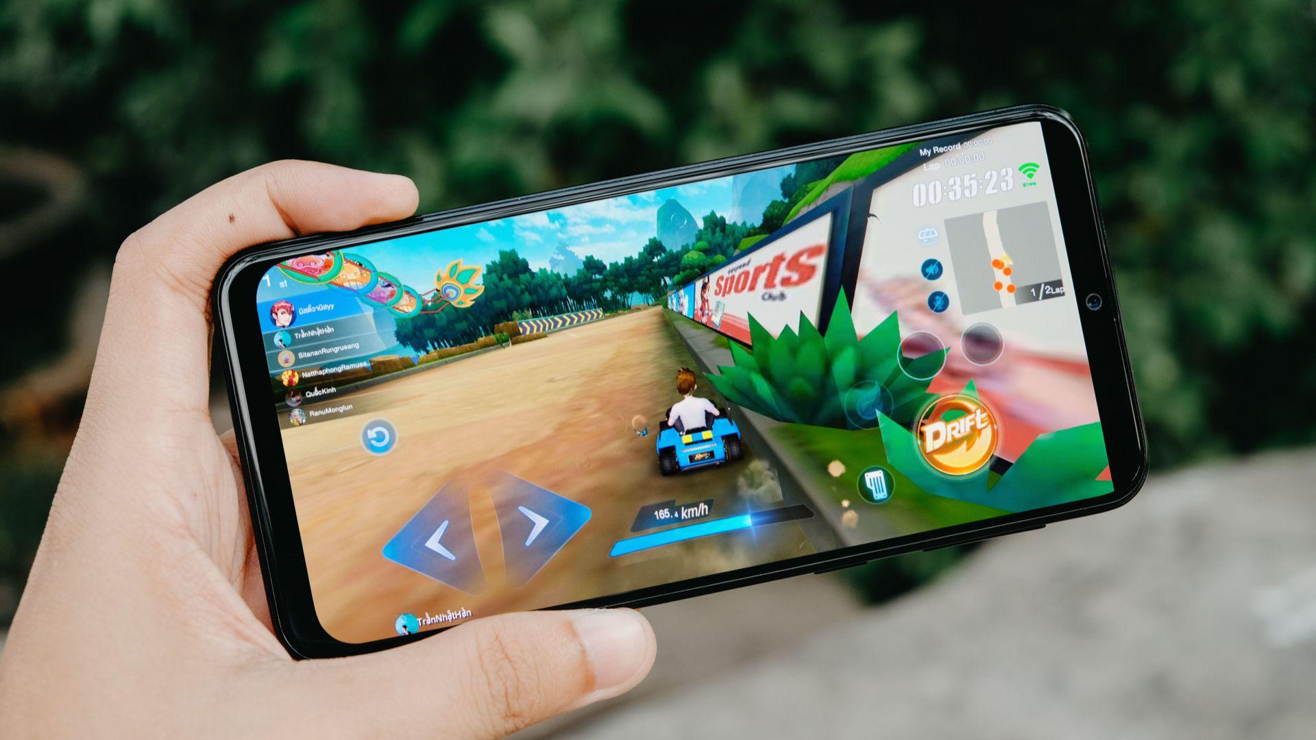 Galaxy M31 ganha variante com 8 GB e promete desempenho mais fluido. (Imagem: Framesira/Shutterstock)