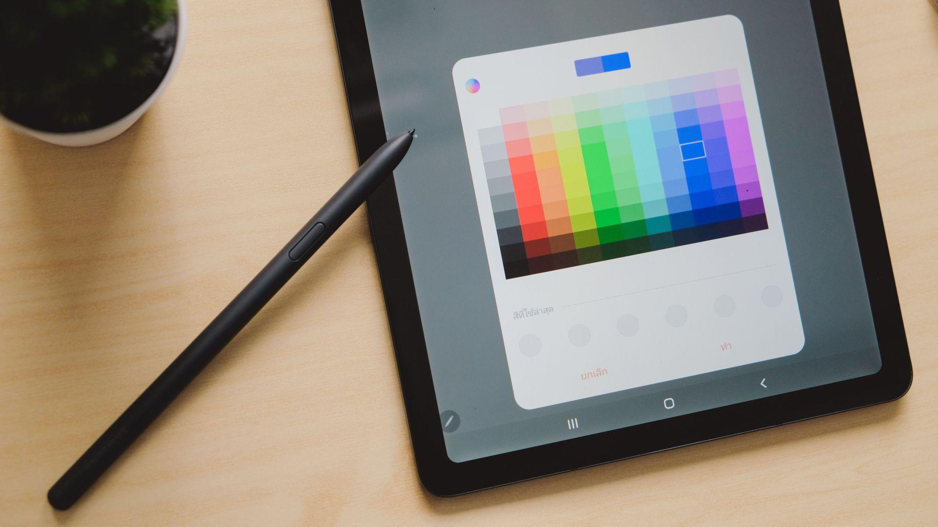 S Pen auxilia em produtividade. (Imagem: Framesira/Shutterstock)