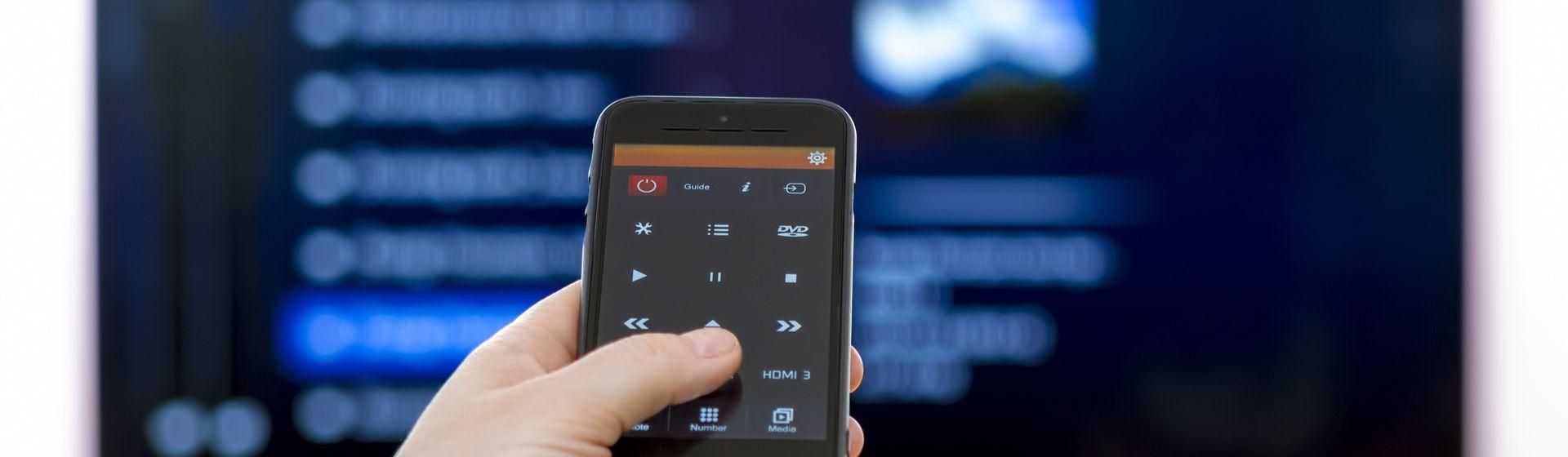 Como controlar a TV pelo celular?