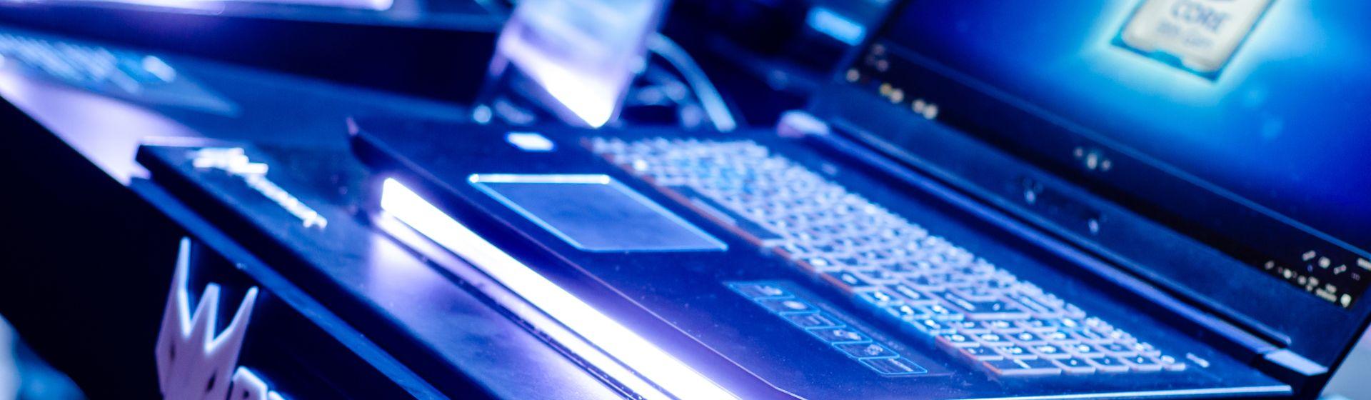Acer Predator Helios 300 com GTX 1660 Ti vale a pena? Veja análise