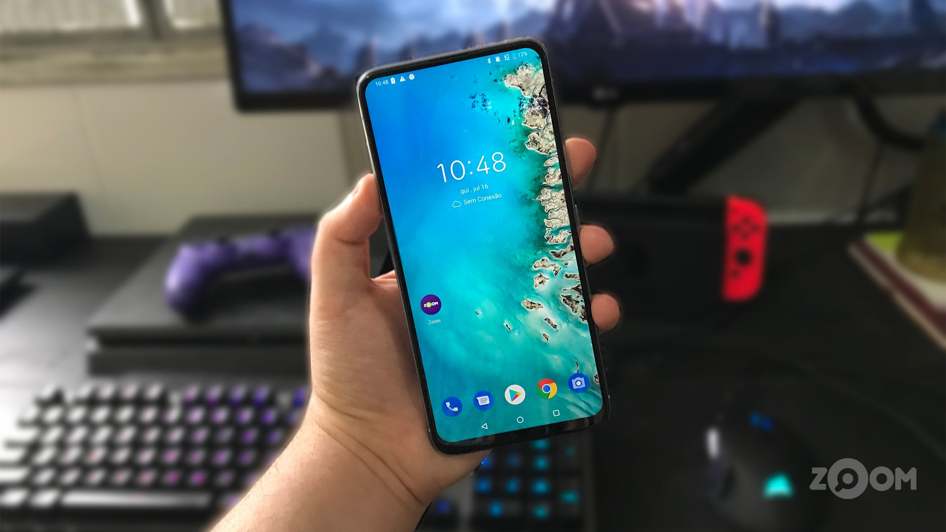 Zenfone 6 é o smartphone da Asus lançado em 2019. (Foto: Murilo Tunholi/Zoom)