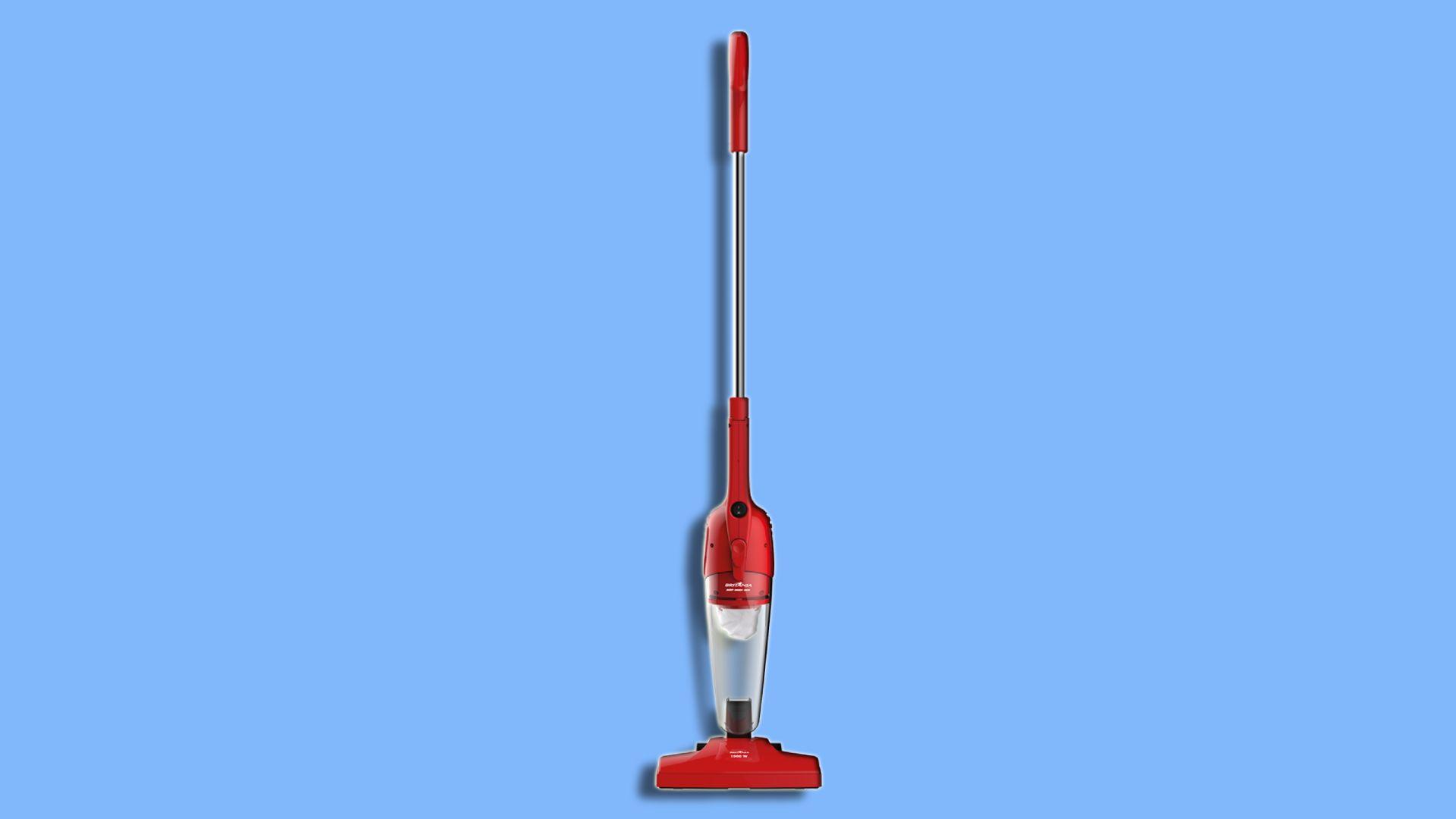 Aspirador de pó Britânia Dust Off 1.000W pode ser usado tanto como modelo vertical quanto portátil. (Imagem: Divulgação/Britânia)