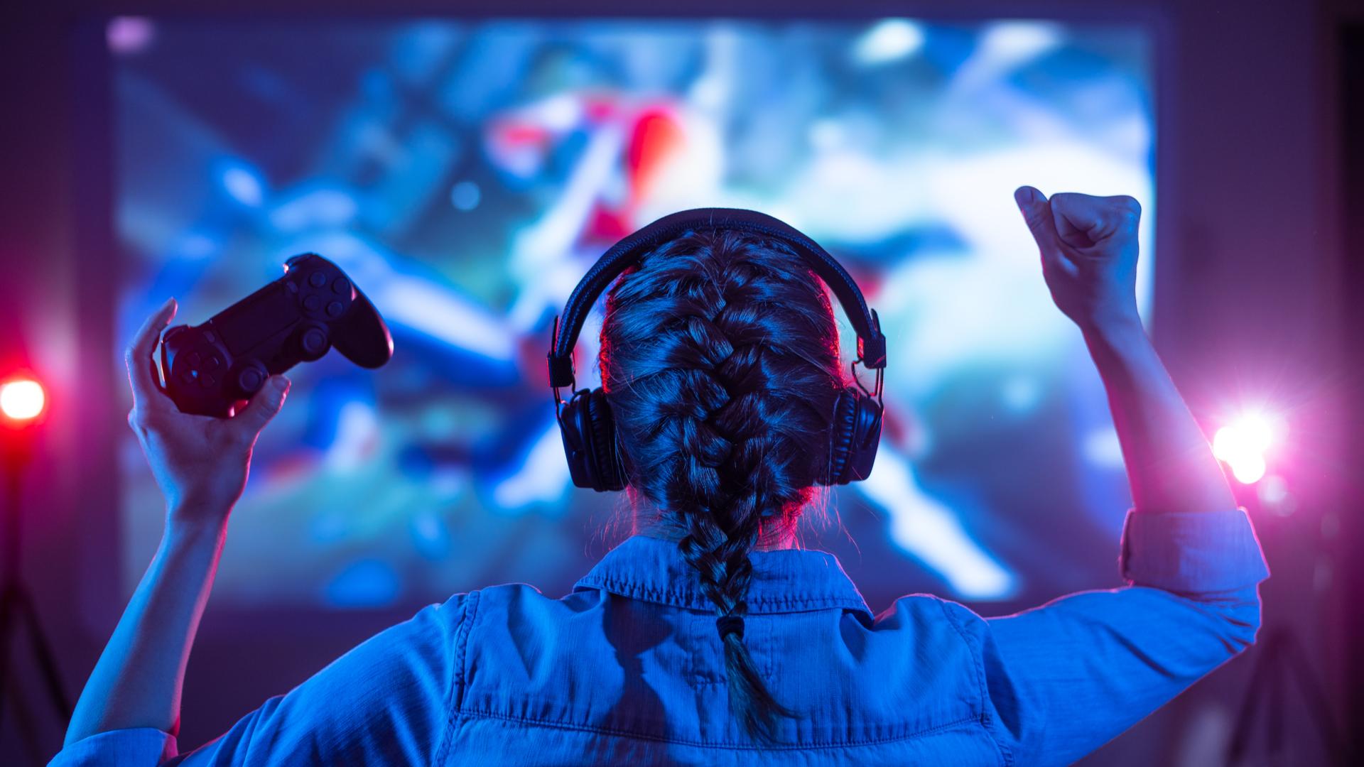 O efeito burn-in pode acontecer em TVs que ficam com imagens estáticas de jogos durante muitos dias seguidos. (Imagem: Anton27/Shutterstock)