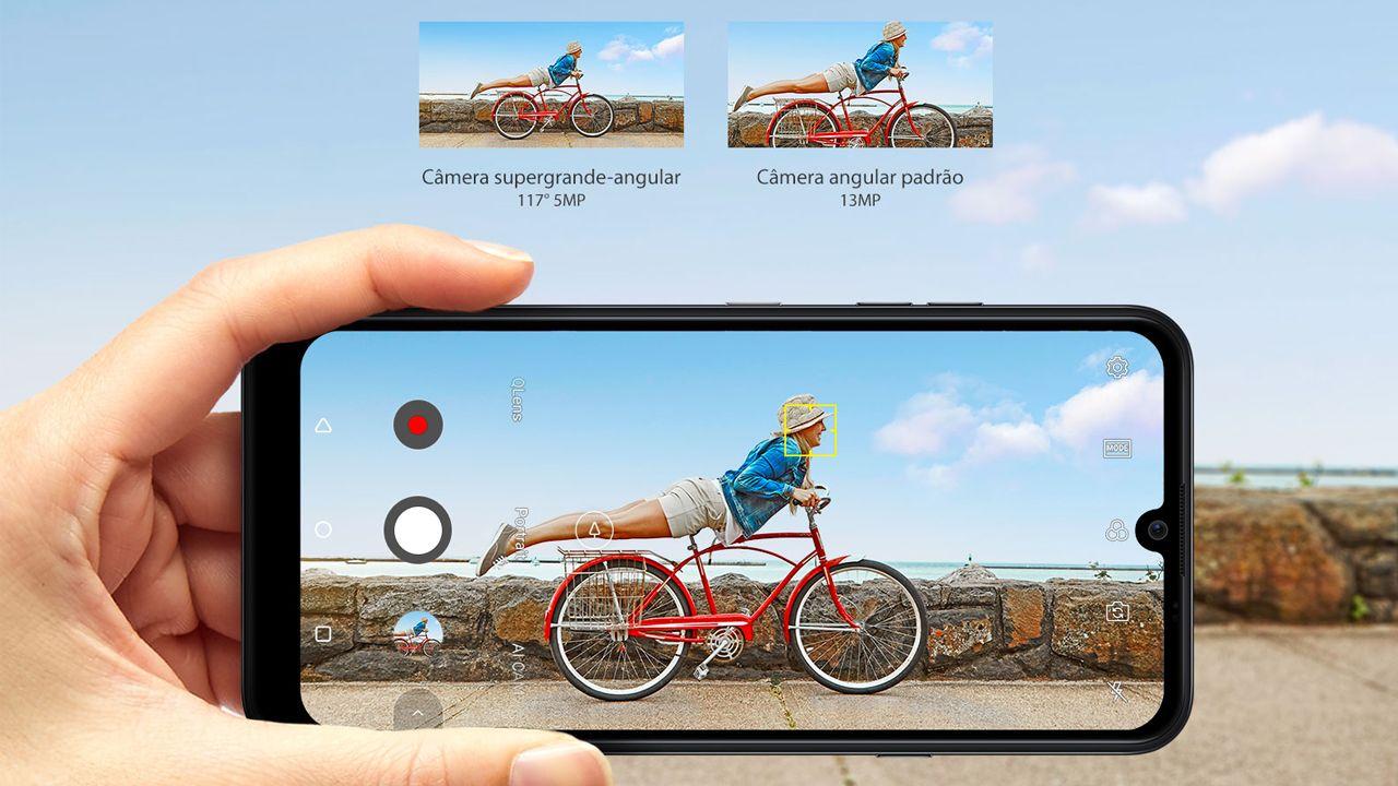 O LG K40S duas câmeras traseiras com inteligência artificial integrada (Foto: Divulgação/LG)