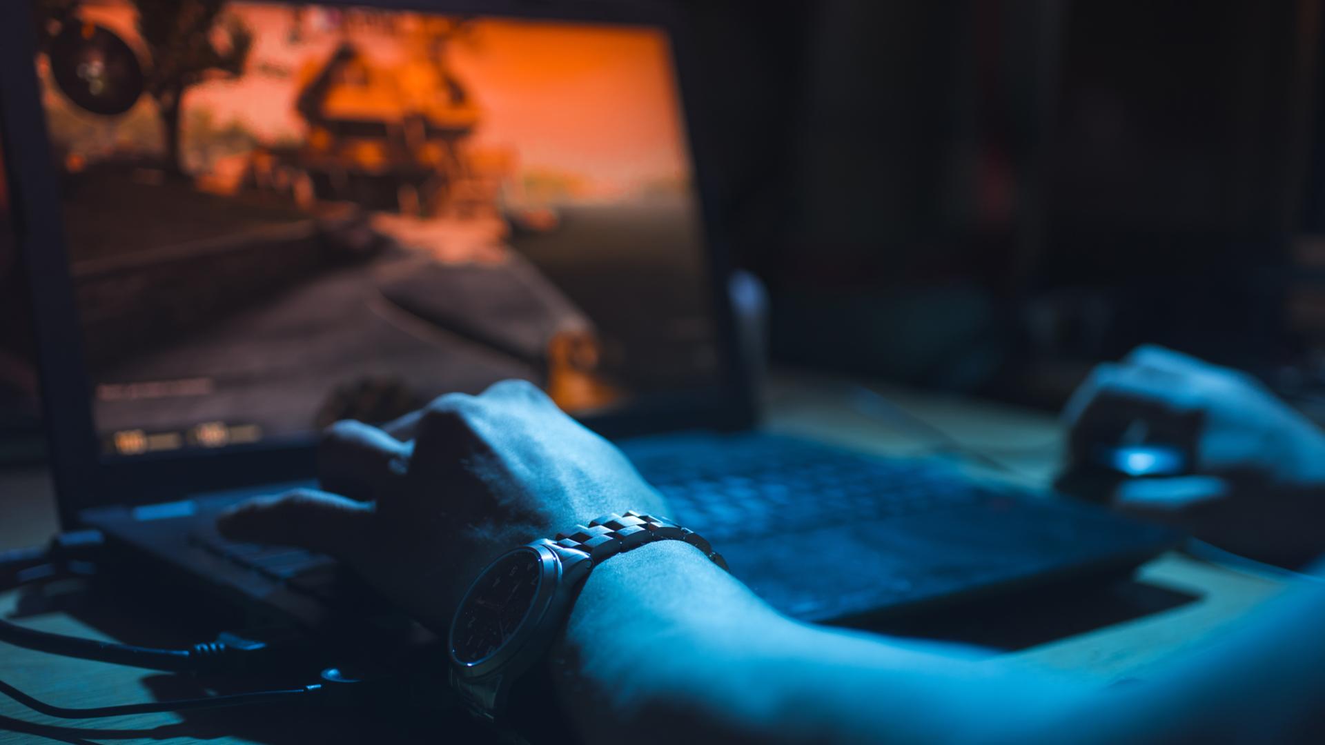 Notebooks gamer para jogos precisam de placa de vídeo poderosa. (Foto: Shutterstock/ginger_polina_bublik)