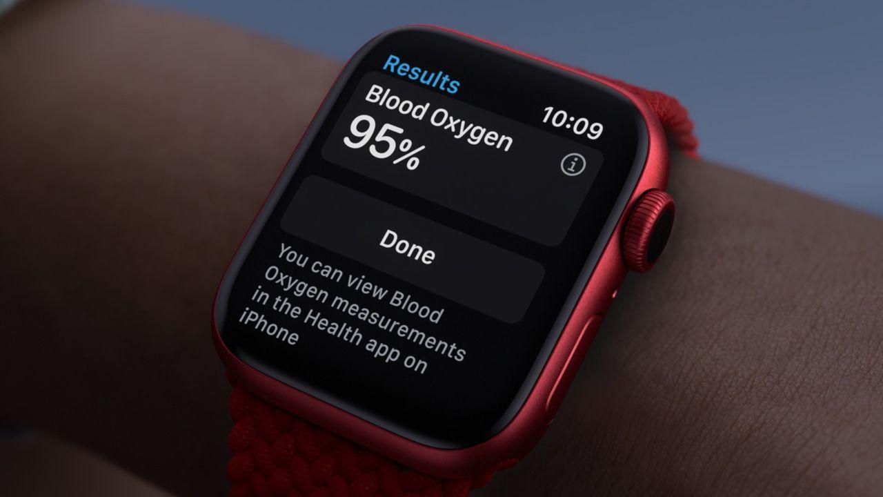 O Apple Watch 6 tem como novidade o monitoramento de oxigênio no sangue (Foto: Divulgação/Apple)