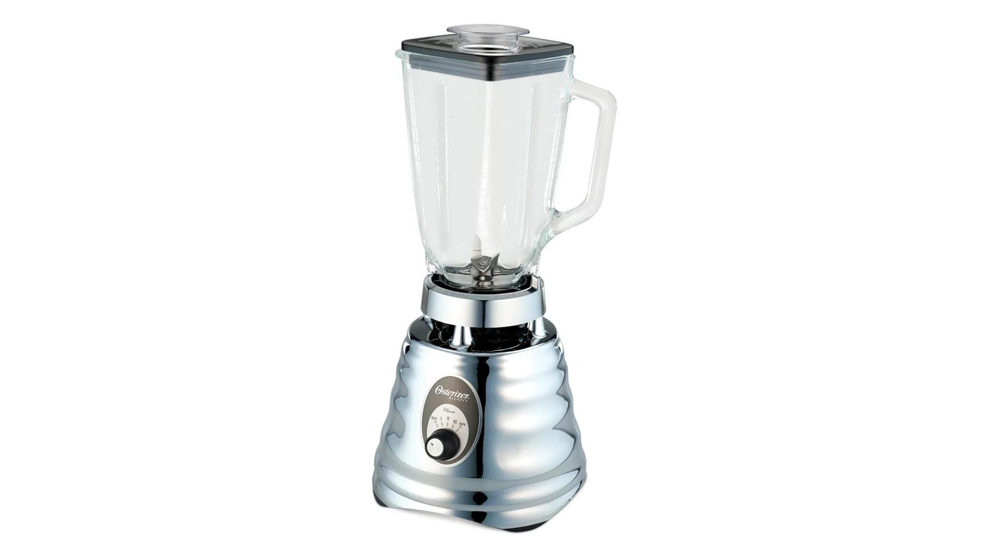 A jarra do Osterizer Clássico é de metal, mas sua base é feita de plástico (Imagem: Divulgação/Oster)