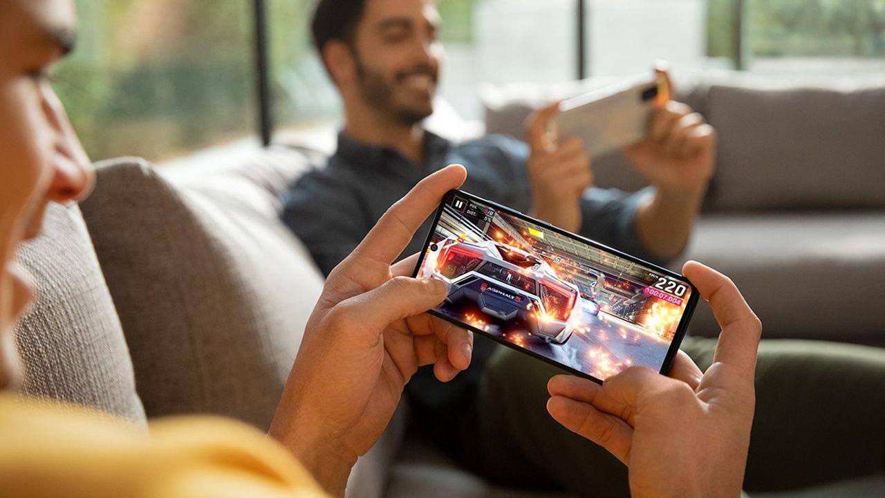 O Galaxy A71 também pode ser usado para jogar (Foto: Divulgação/Samsung)