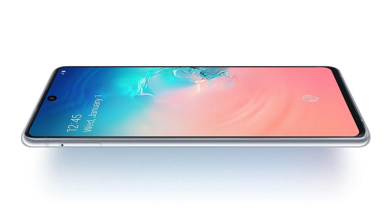 O Galaxy S10 Lite tem tela Super AMOLED (Foto: Divulgação/Samsung)