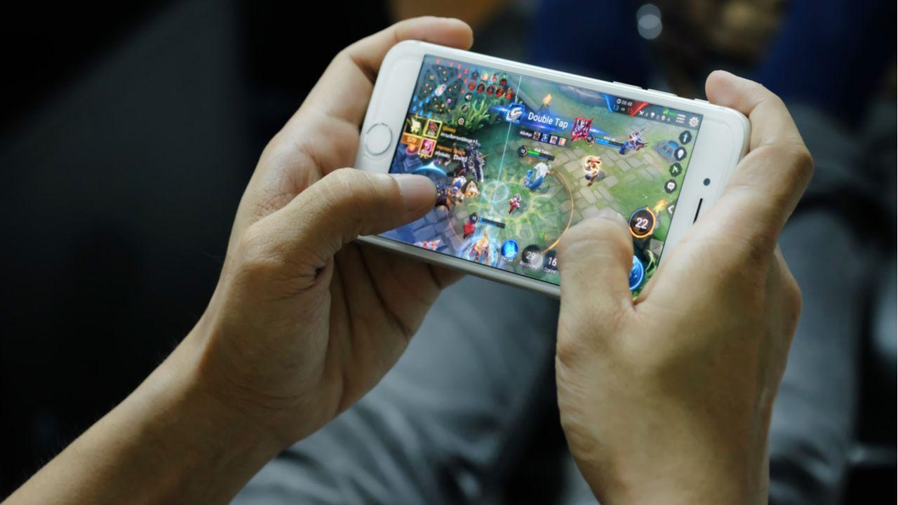 Celular esquentando: entenda por que o celular esquenta (Foto: Shutterstock)