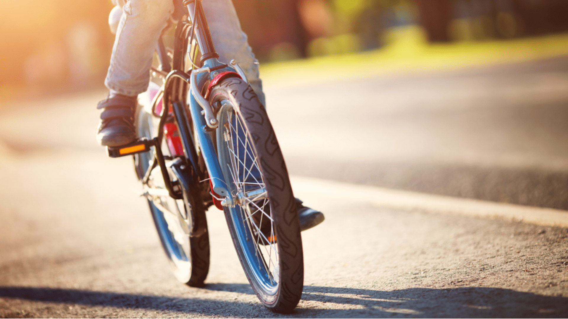 Veja a nossa seleção das melhores bicicletas infantis para comprar em 2020! (Imagem: Reprodução/Shutterstock)