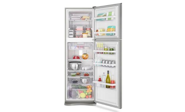 Geladeira Electrolux DF44S, integrante da nossa lista, tem ótima organização no freezer. (Imagem:Divulgação/Electrolux)