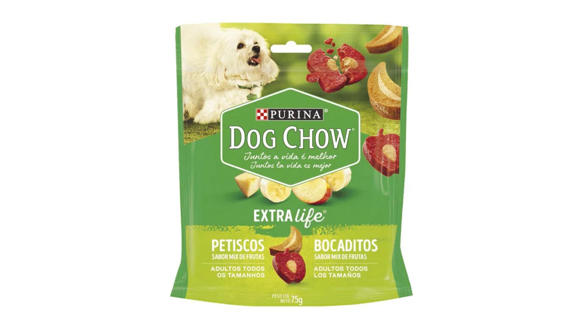 O petisco Dog Chow Extra Life é mais natural e saudável, pois contém maçã e banana na composição (Imagem: Divulgação/Purina)