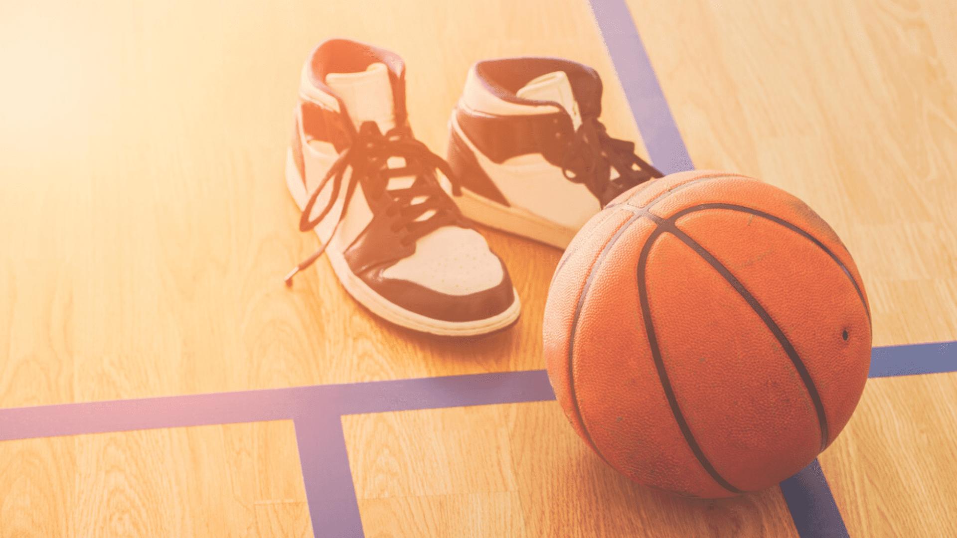 Veja a nossa seleção com os melhores tênis de basquete de 2020! (Imagem: Reprodução/Shutterstock)