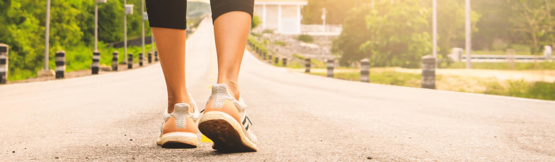 Tênis para caminhada: qual é o melhor para caminhar?
