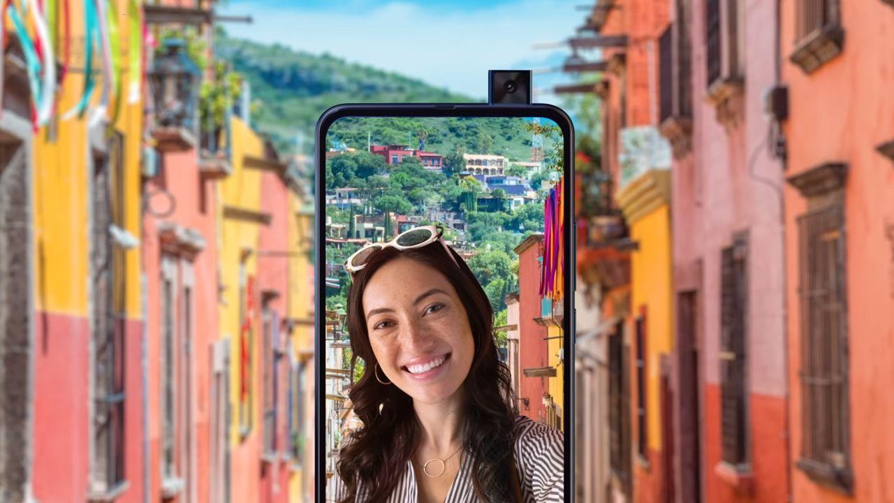 Celular com câmera boa: Motorola One Hyper tem câmera frontal com tecnologia retrátil (Foto: Reprodução/Motorola)