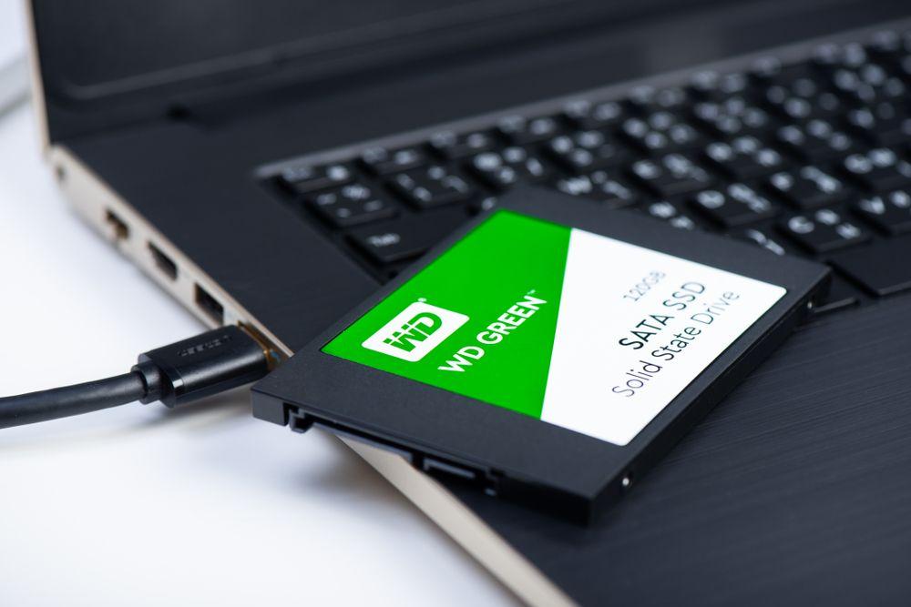A WS Western é uma marca boa e com bom custo-benefício para SSDs. (Nor Gal/Shutterstock)