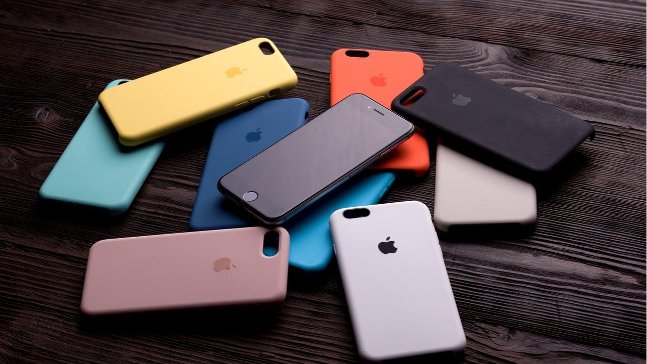 Capinha de celular ajuda a evitar danos por quedas ou poeira (Foto: Shutterstock)