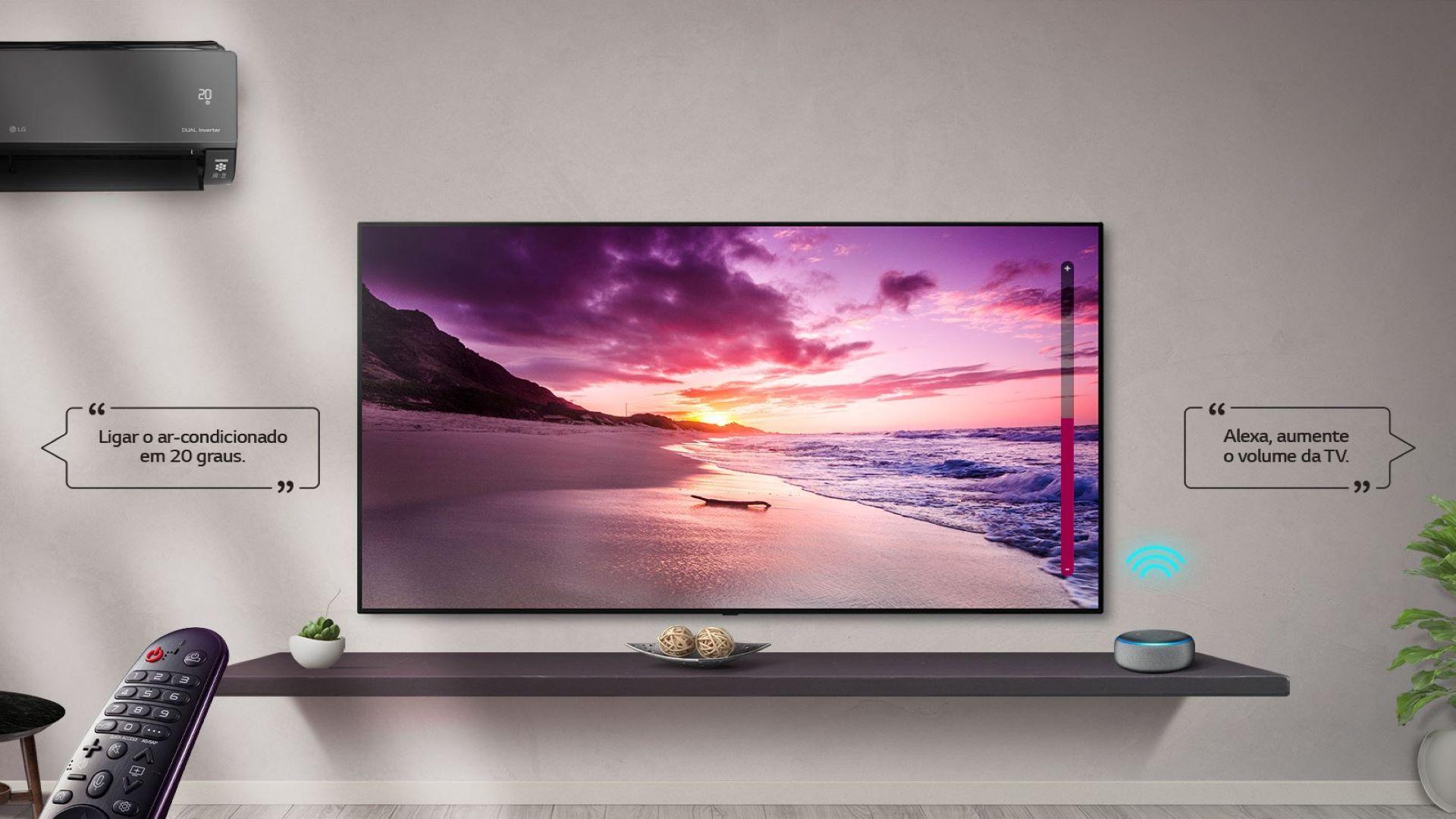 TV sincroniza dispositivos inteligentes e admite controle por voz (Foto: Divulgação/ LG)