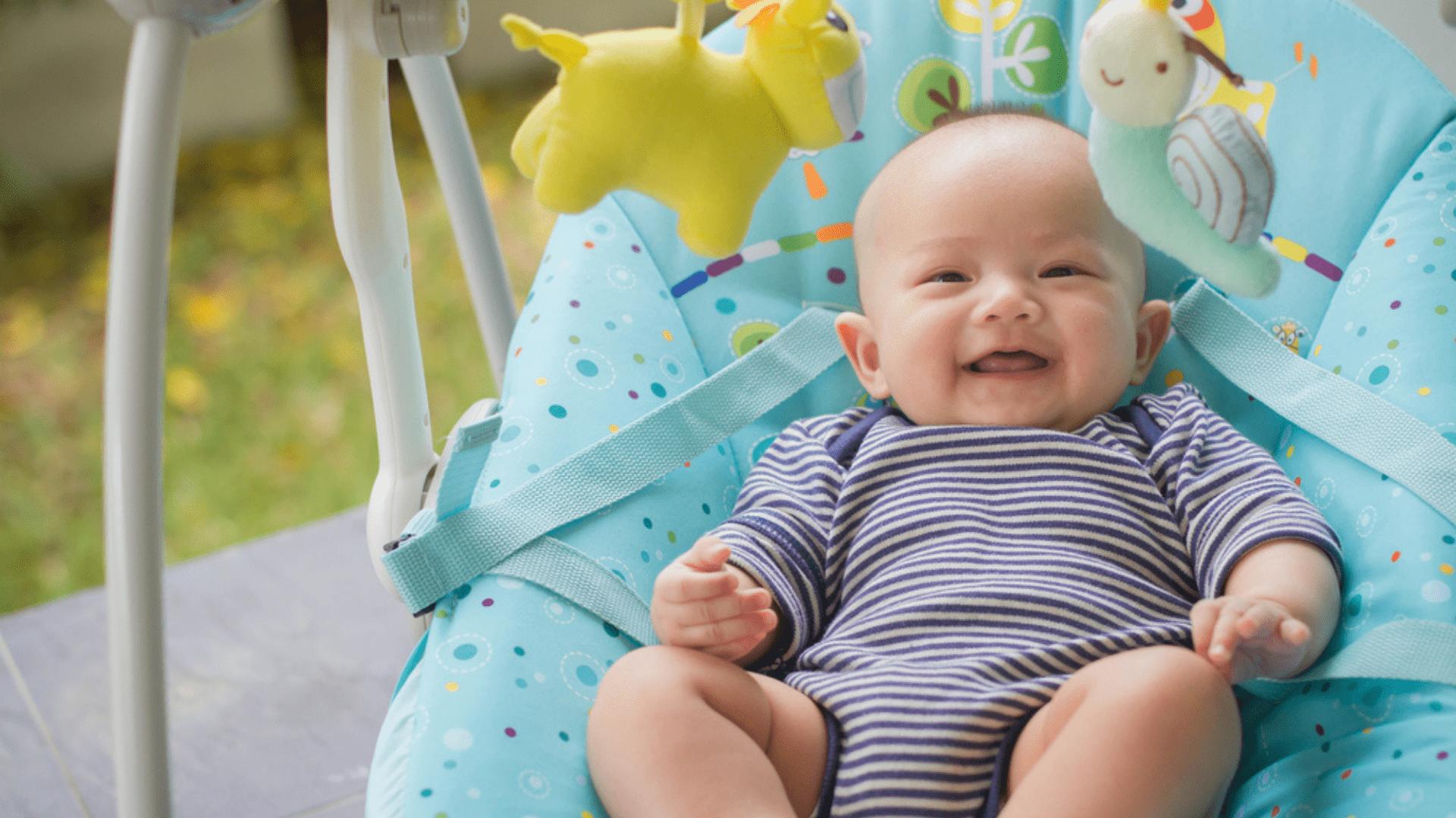 Veja a nossa seleção das melhores cadeiras de balanço para bebê de 2021! (Imagem: Reprodução/Shutterstock)