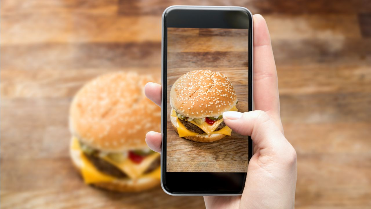 Ter boas câmeras é o requisito principal da maior parte dos consumidores (Foto: Shutterstock)