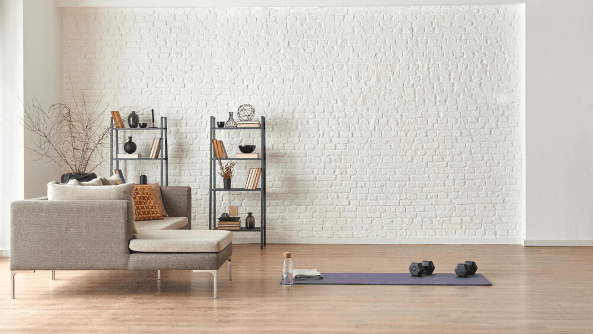 Veja as nossas dicas de equipamentos para montar uma academia em casa! (Imagem: Reprodução/Shutterstock)
