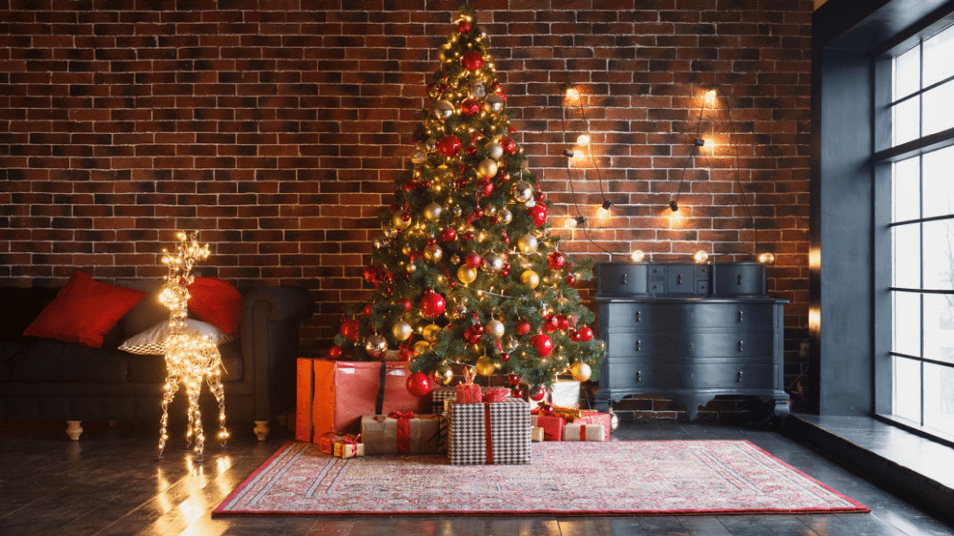 Veja como montar a árvore de Natal perfeita! (Imagem: Reprodução/Shutterstock)