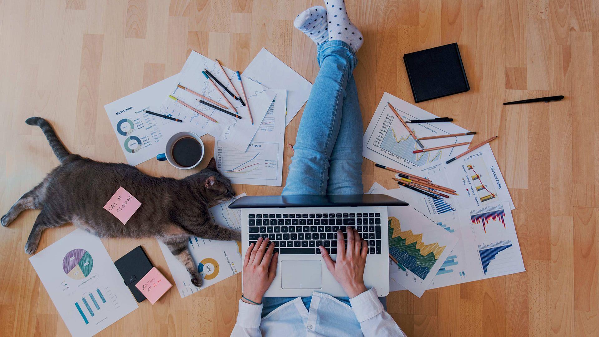 É preciso ter organização no home office. (Foto: Shutterstock/Creative Lab)