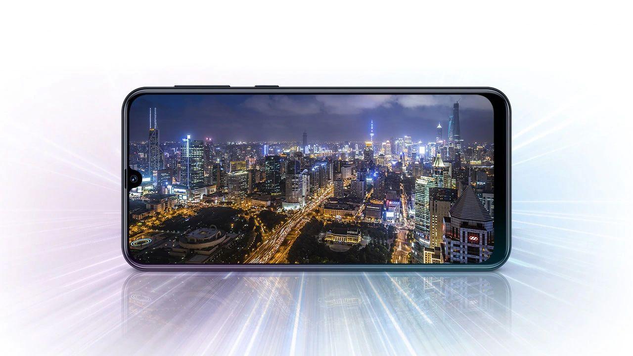 Os dois celulares possuem tela com resolução Full HD (Foto: Galaxy M31/ Divulgação/Samsung)