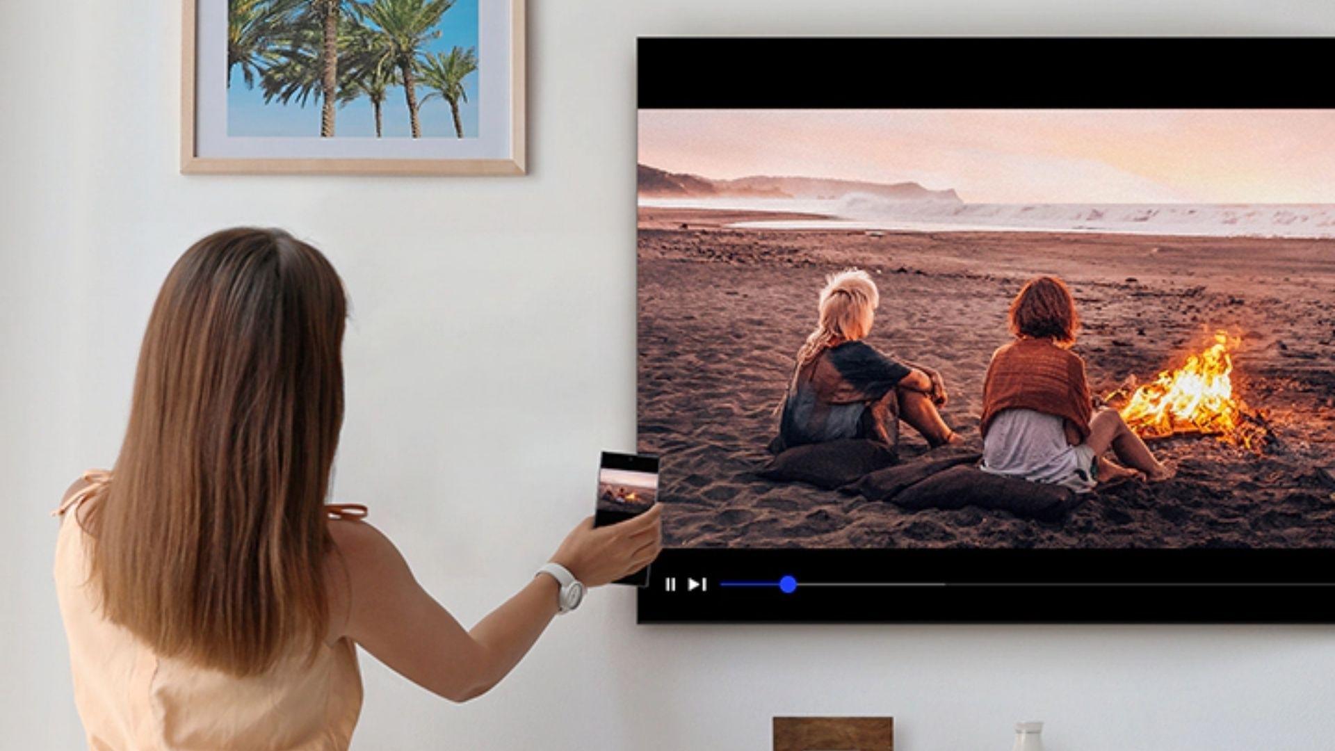 Tap View espelha a tela do celular na TV com apenas um toque (Foto: Divulgação/ Samsung)