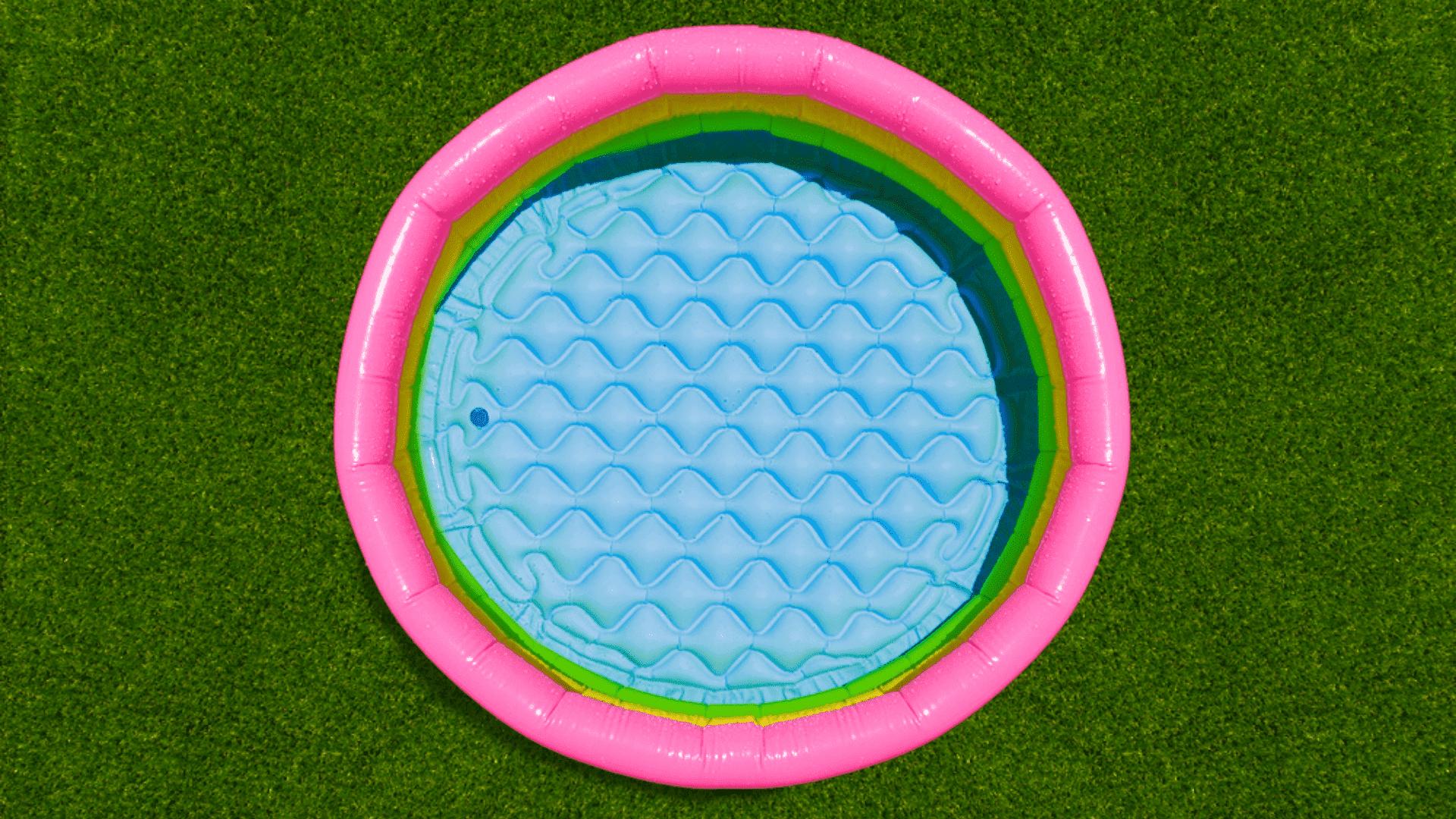 A capacidade da piscina precisa ser pensada de acordo com o número de pessoas que deve usá-la (Imagem: Reprodução/Shutterstock)