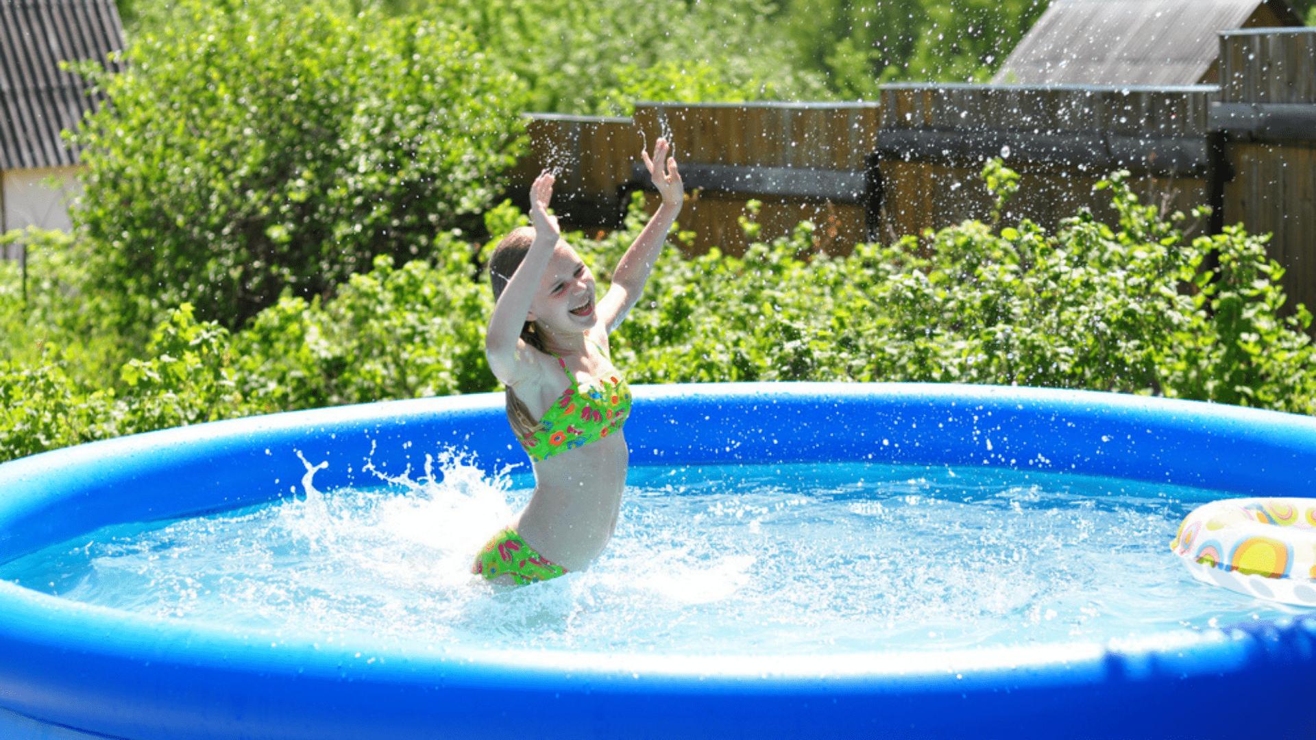 O tamanho da piscina deve ser compatível com o espaço disponível para ela (Imagem: Reprodução/Shutterstock)