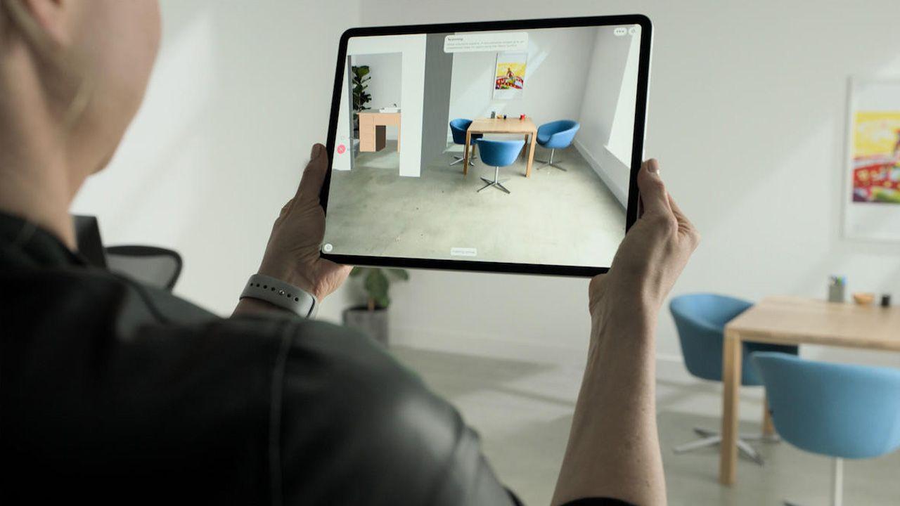 Realidade aumentada com o sensor LIDAR do iPad Pro 2020. (Foto: Divulgação/Apple)